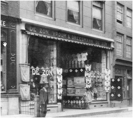 De_Zon_Vroom_&_Dreesmann_Lange_Delft_anno_1920